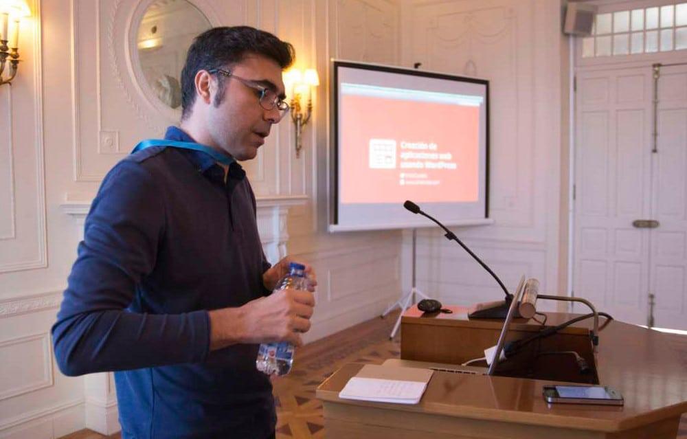 Internationale WordPress Agentur: Entwickler Emili Castells liebt WordCamps.
