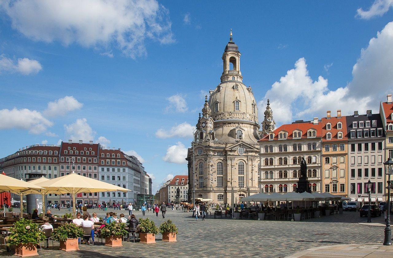 WordPress Entwickler Philipp Bammes lebt in Dresden und schätzt das remote arbeiten.