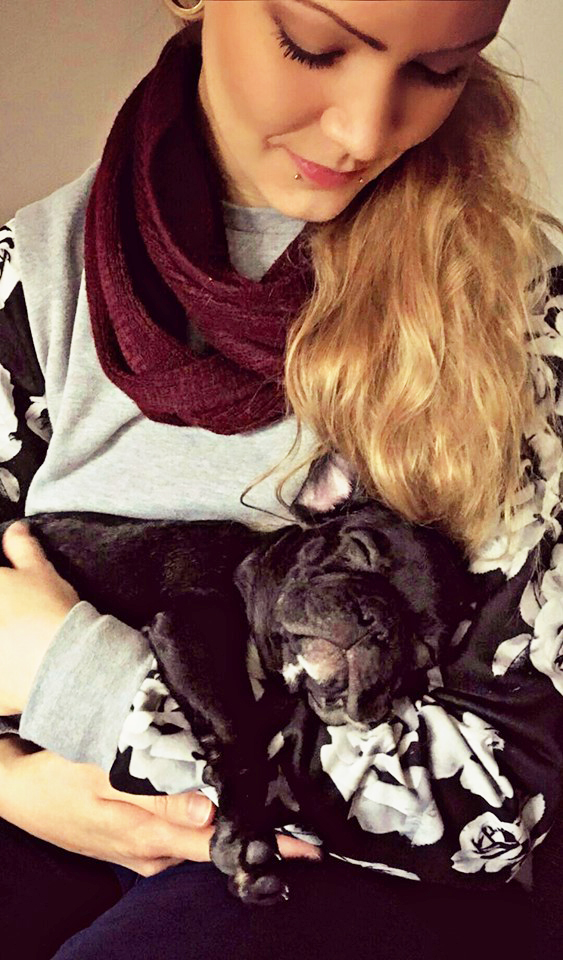 Inpsyde Designerin Alina mag Hunde.