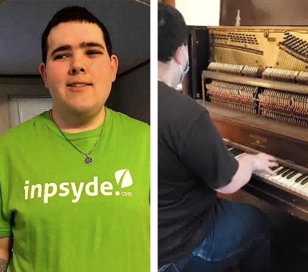 Auf dem linken Bild trägt Brandon das grüne Inpsyde Shirt und lächelt in die Kamera. Auf dem rechten Bild spielt er Klavier.
