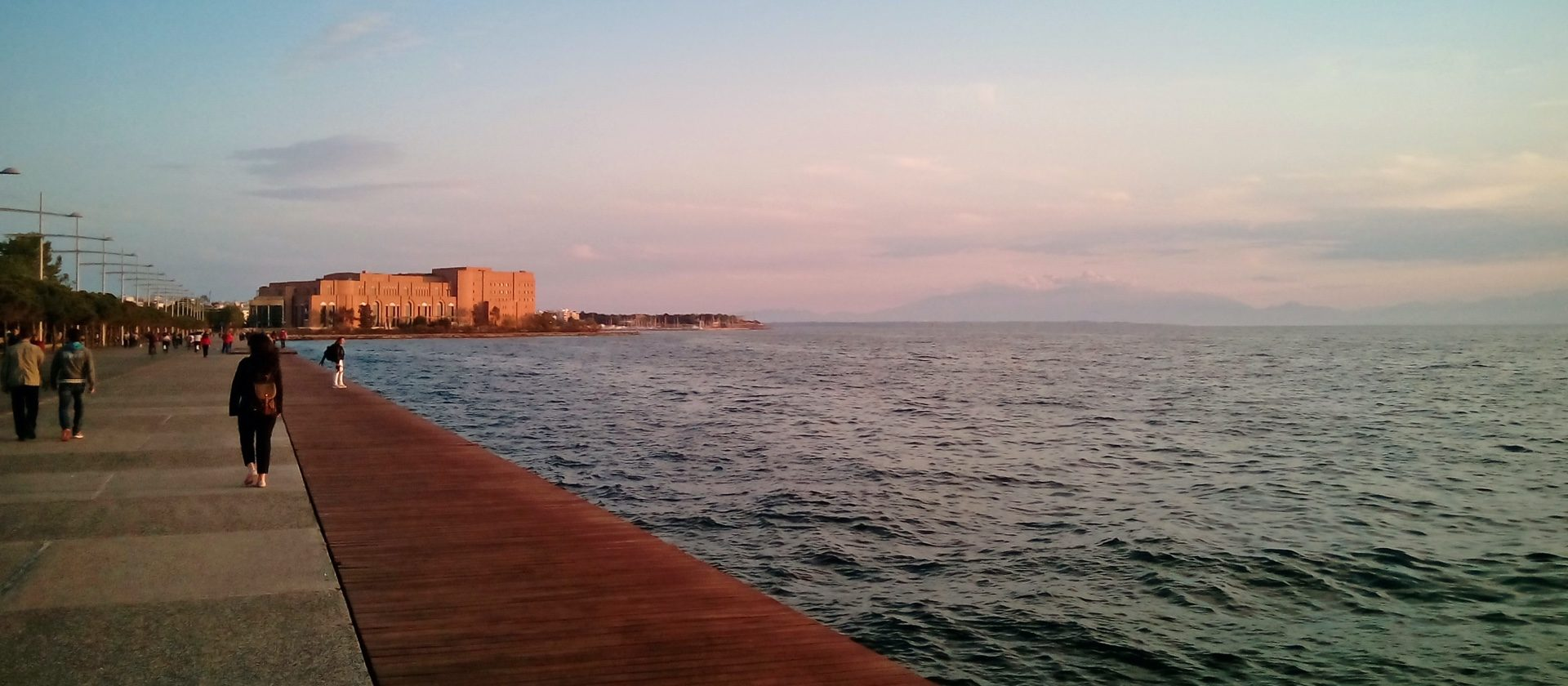 The Thessaloniki sea with the concert hall in the background