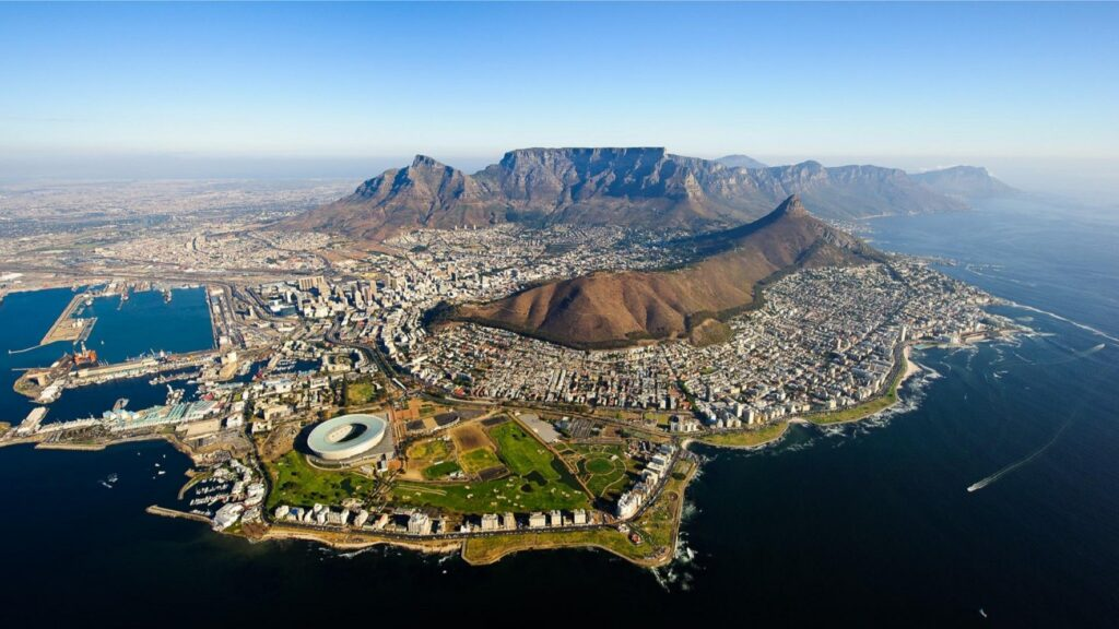 The picture shows Cape Town in South Africa